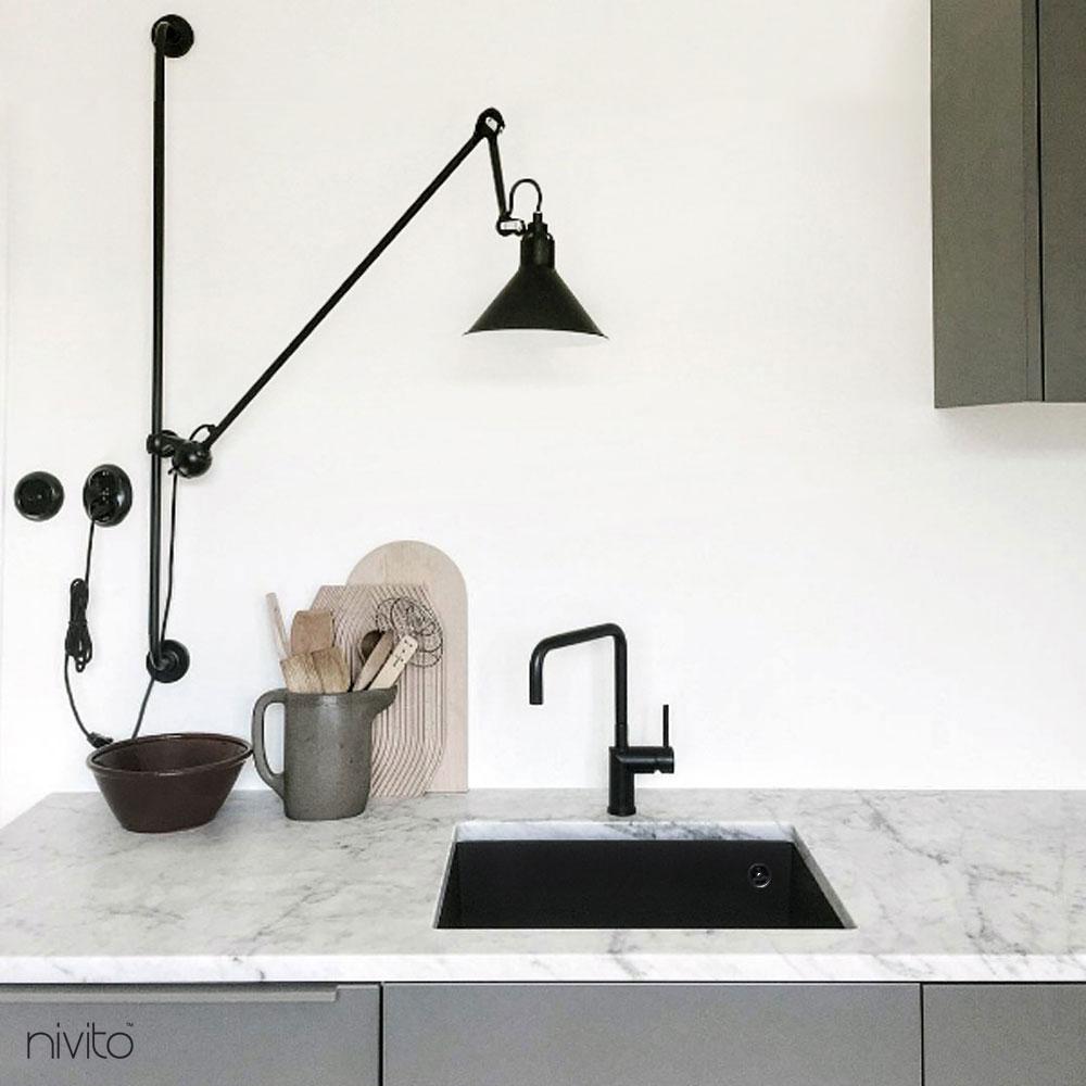 Kuchynský vodovodní baterie černá